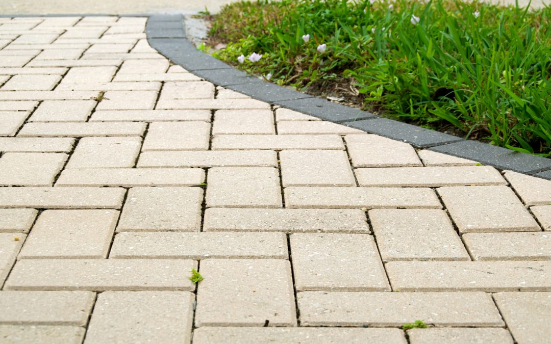A Southwest Florida Homeowner's Guide to Paver Driveways